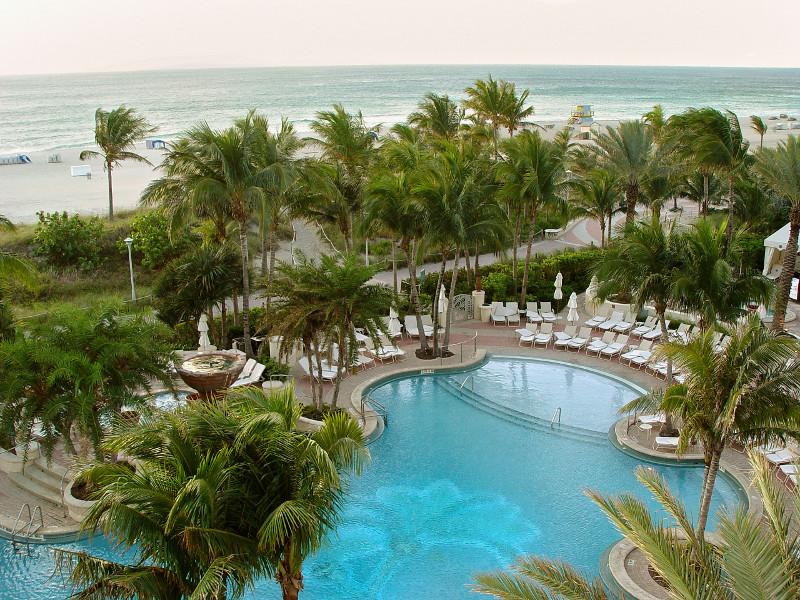 miami beach hotel avec piscine et vue mer collins avenue ocean drive ou loger a miami et miami beach quel hotel a miami blog miami off road