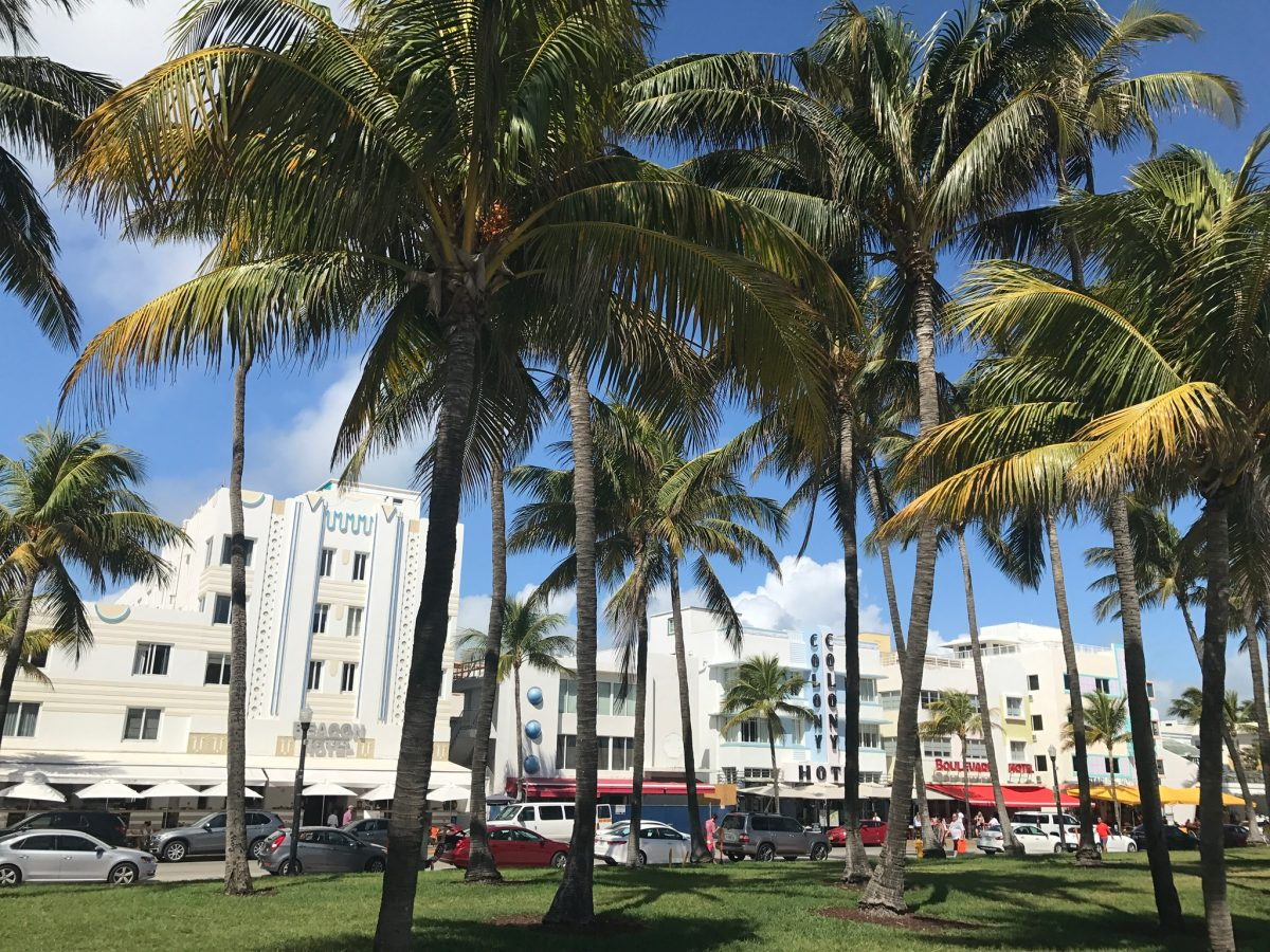 loger miami beach hotel ocean drive art deco neon plage restaurants bars quel hotel a miami blog miami off road