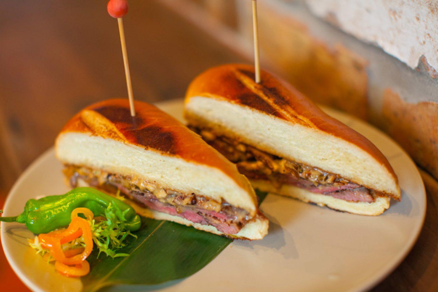 little havana spécialités culinaires cubaines cuban sandwich que faire a little havana visiter little havana quartier cubain miami blog miami off road