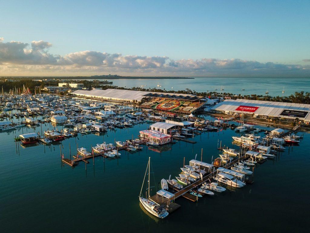 Fevrier festivals international boat show salon nautique de Miami key biscayne voile marine stadium agenda du mois que faire a miami en fevrier blog miami off road