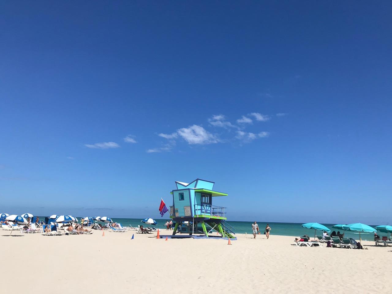 visiter miami en 3 jours jour 1 miami beach cabanes de plages sauveteurs lifeguard plage long week-end à Miami que faire en 3 jours à miami visiter Miami séjour a Miami vacances en Floride visite guidée en francais de Miami miami off road