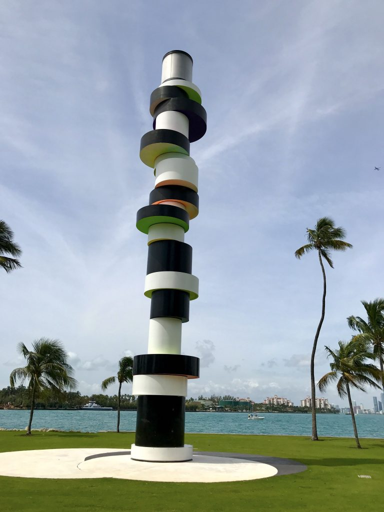 phare south pointe - velo a south beach - miamioffroad