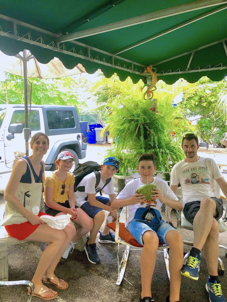 famille jus - gouter coconut grove et little havana - miamioffroad