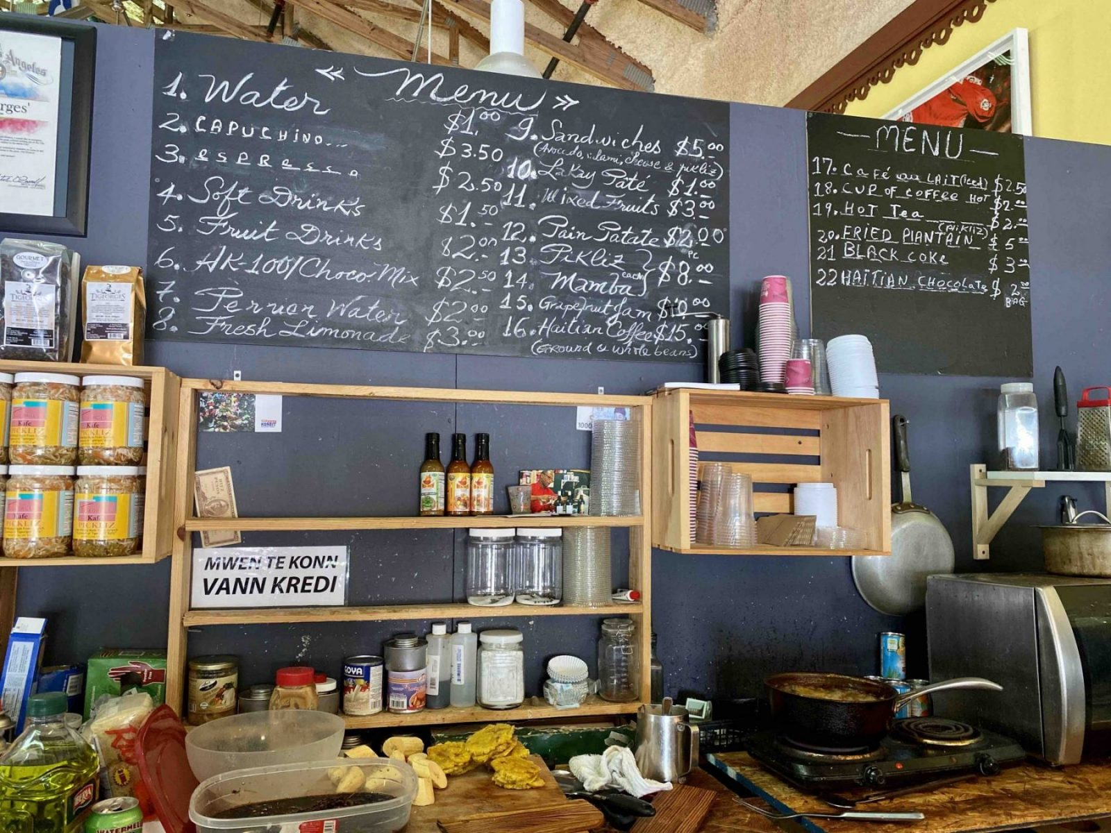 little haiti tigeorges kafé ou boire un café a Little haiti que faire a little haiti que faire dans le quartier haïtiens bonnes adresses bon plans miami floride visiter miami en français visiter la floride en francais visites guidées en francais miami off road